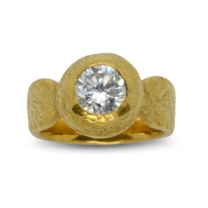 1.5ct diamond ring 18ct yellow gold nugget style