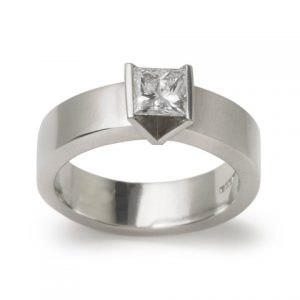 1ct Princess Cut Diamond & Platinum Ring