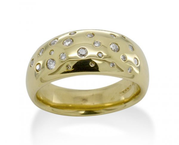 Diamond Scatter Gold Taper Ring