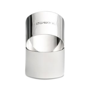 Silver napkin ring with polished finish