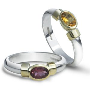 silver and 18ct oval shoulder ring