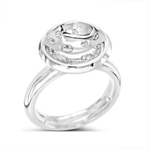 Concave Diamond Scatter Cluster Ring