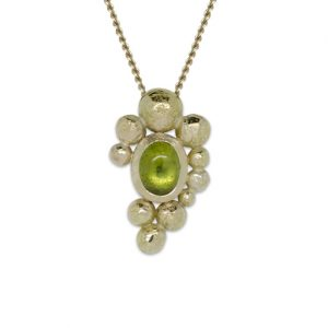 "Gold ""Nugget"" Pendant with Peridot Cabochon"