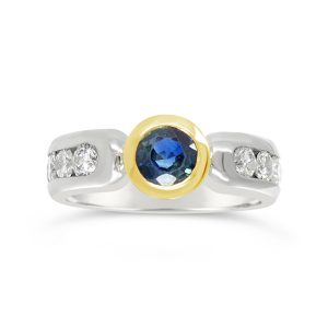 96000189 18ct gold rubover setting with sapphire and diamonds