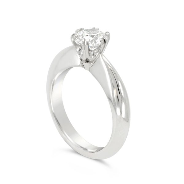 double claw Engagement ring double claw