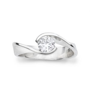 Engagement Ring Flat Twist 0.5ct Round Brilliant Cut Diamond