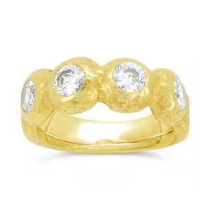 18ct Gold Nugget Ring with 4 Diamonds