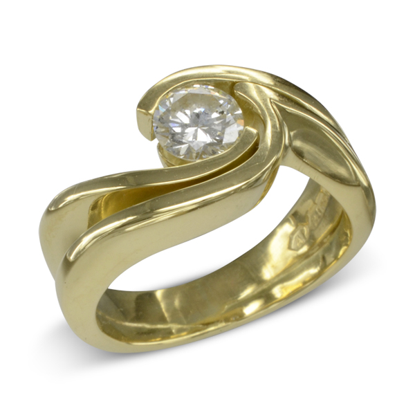 gold engagement reing