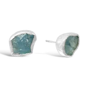 Aquamarine earstuds using rough aquamarine crystals and hammered silver with a scroll fitting