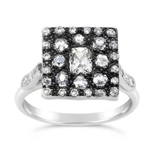 Vintage style Ring in white gold with old cut diamonds