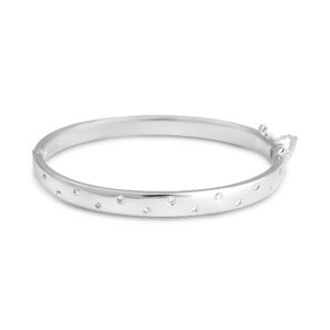 Diamond hinged bangle in 9ct white gold