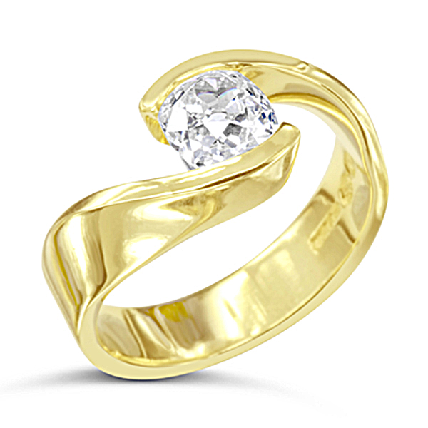 Diamond free form engagement ring