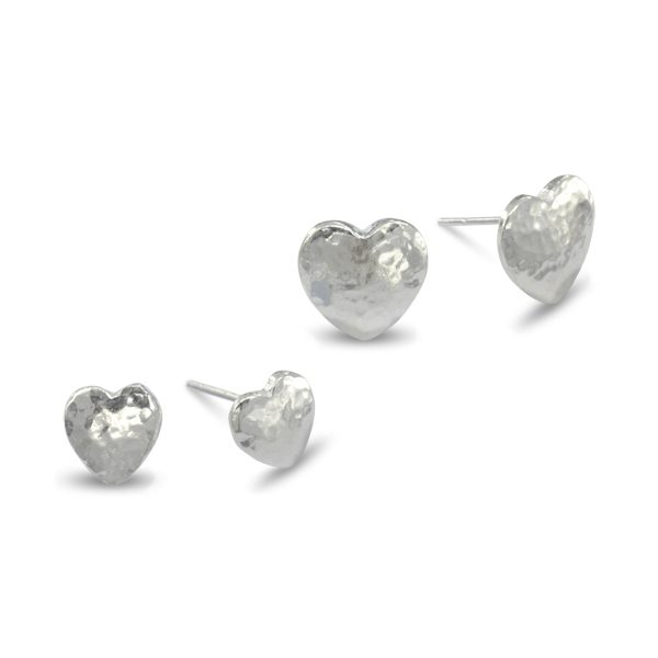 Silver Heart Earstuds Hammered Finish