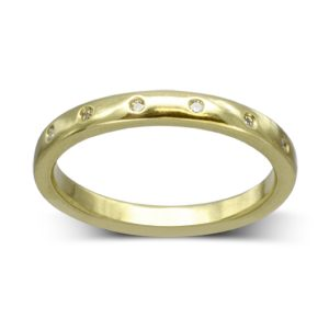 simple Gold eternity ring