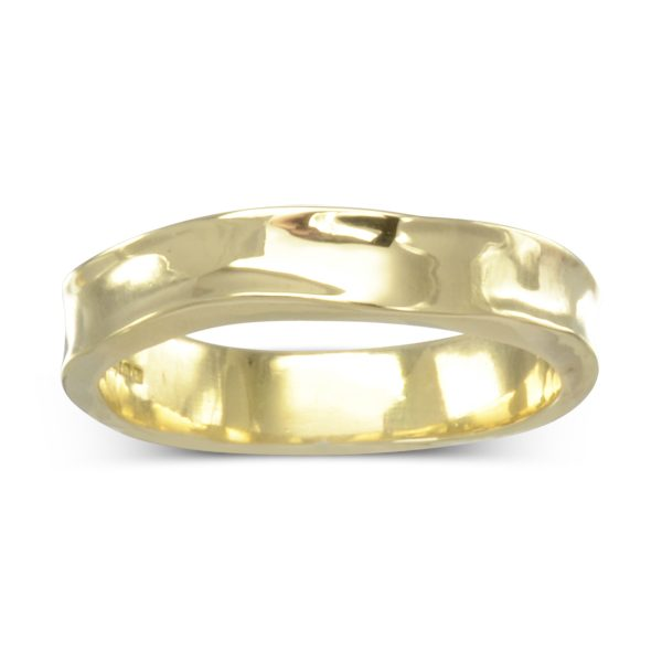 polished gold side hammered ring