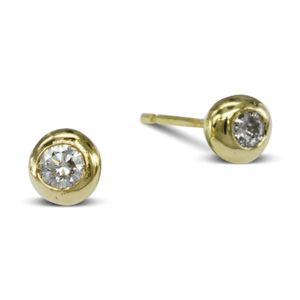 Tiny Diamond Pebble Earstuds
