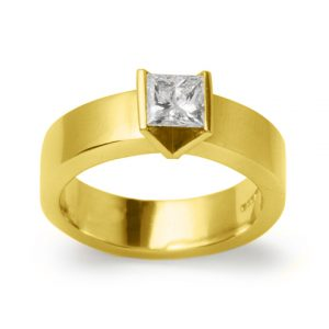Gold Princess Cut Diamond Ring