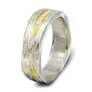 unusual creative carved eternity ring