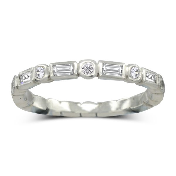 Fine baguette round eternity ring