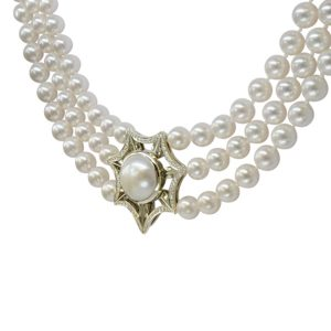 Diamond Magnetic Triple Strand Pearl Catch