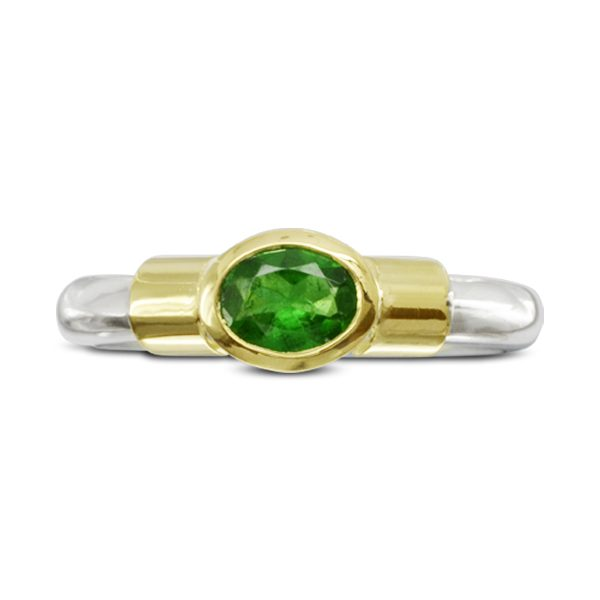 Bespoke modern emerald ring
