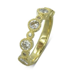 Vintage gold alternating diamond eternity ring