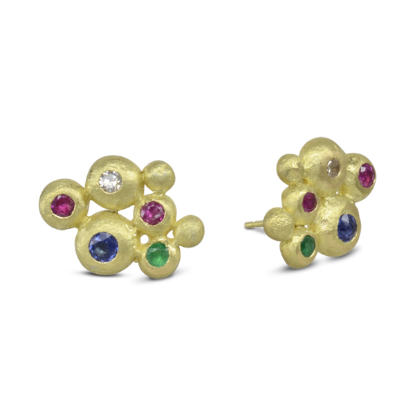 Reusing gemstones to create contrasting colour