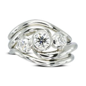 Double Band Spiky trilogy ring