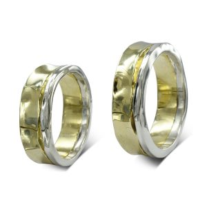 wo colour gold side hammered partnership rings