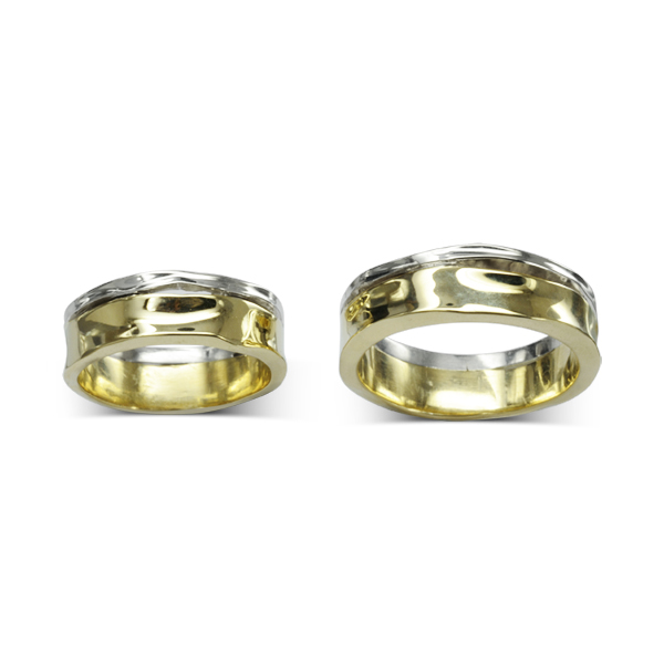 Two colour gold side hammered wedding rings