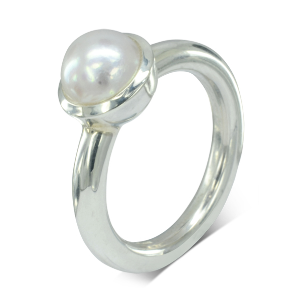 Round Pearl white gold Ring