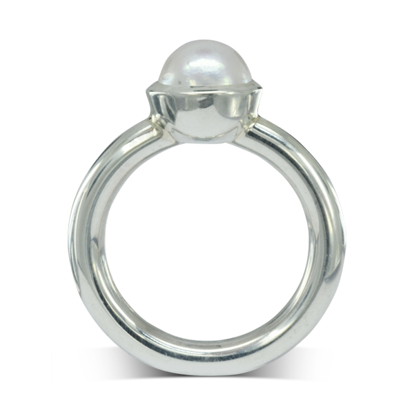 Round white pearl Silver Ring