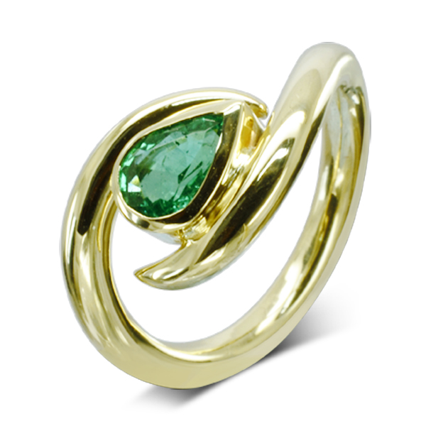 gold emerald ring with pear shaped emerald