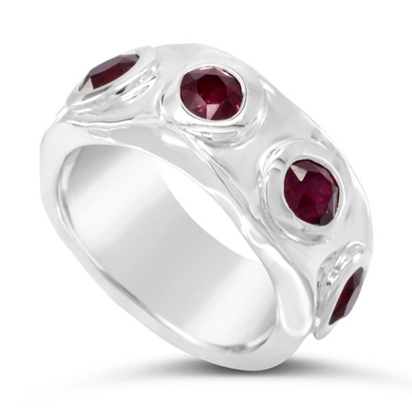 ruby side hammered ring